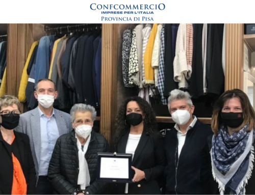 Capannoli, il negozio di abbigliamento Moda Marta premiato per i 60 anni di attività
